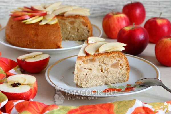 Manner recipe with apples in multivark