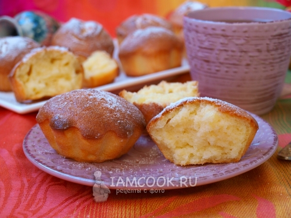 Curd cakes with semolina